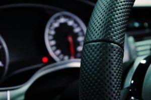 Volant na vozidle